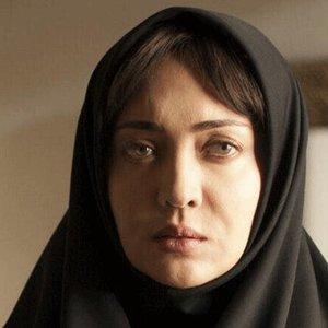 نیکی کریمی در نمایی از فیلم «ربوده شده»