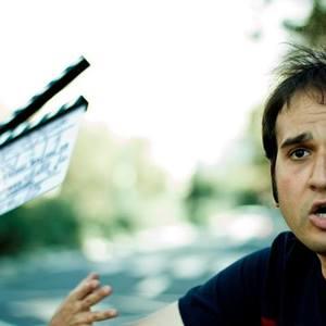 رضا درمیشیان در پشت صحنه فیلم «عصبانی نیستم»