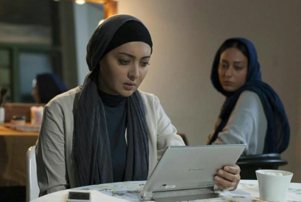 نیکی کریمی در نمایی از فیلم «ربوده شده» ساخته بيژن ميرباقری