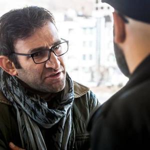 هدایت هاشمی در نمایی از فیلم «به دنیا آمدن» ساخته محسن عبدالوهاب