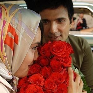 محمدرضا فروتن و میترا حجار در فیلم دلتنگی های عاشقانه