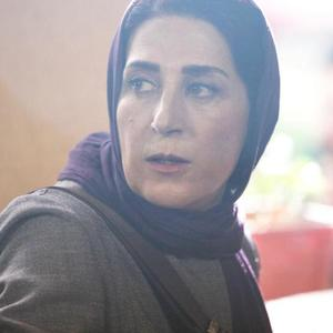 فاطمه معتمدآریا در نمایی از فیلم «در سکوت» اولین ساخته ژرژ هاشمزاده