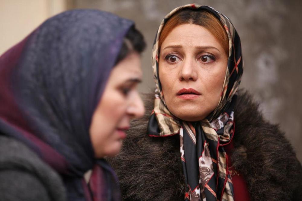 شبنم مقدمی و ریما رامین فر در نمایی از فیلم «ابد و یک روز» ساخته سعید روستایی