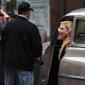 کیت بلانشت در نمایی از پشت صحنه فیلم «کارول»(carol)