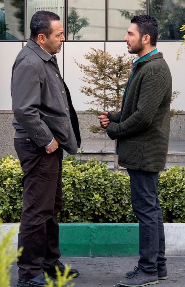 محمدرضا غفاری و فریبرز عربنیا در نمایی از فیلم «آخرین بار کی سحر رو دیدی؟» ساخته فرزاد موتمن