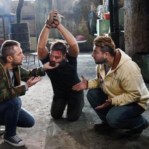 محسن کیایی، پژمان بازغی و بهرام رادان در نمایی از فیلم «بارکد»