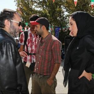 بهاره افشاری و مسعود ده نمکی در پشت صحنه فیلم معراجی ها