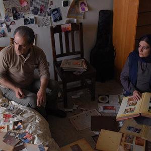 هنگامه قاضیانی و ناصر هاشمی در نمایی از فیلم «برادرم خسرو»