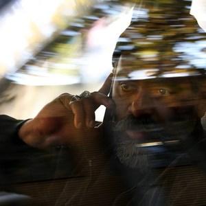 نادر فلاح در نمایی از فیلم «خماری» ساخته داریوش غذبانی