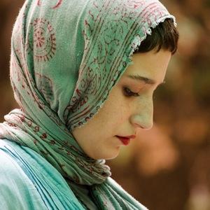 نگار جواهریان در نمایی از فیلم «موقت»