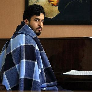 مهرداد صدیقیان در نمایی از فیلم «خماری» اولین ساخته داریوش غذبانی