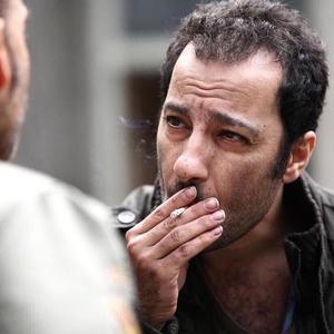 نوید محمدزاده در نمایی از فیلم «ابد و یک روز» ساخته سعید روستایی