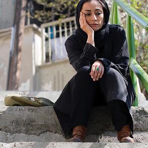 مریم پالیزبان در نمایی از فیلم «لانتوری» ساخته رضا درمیشیان