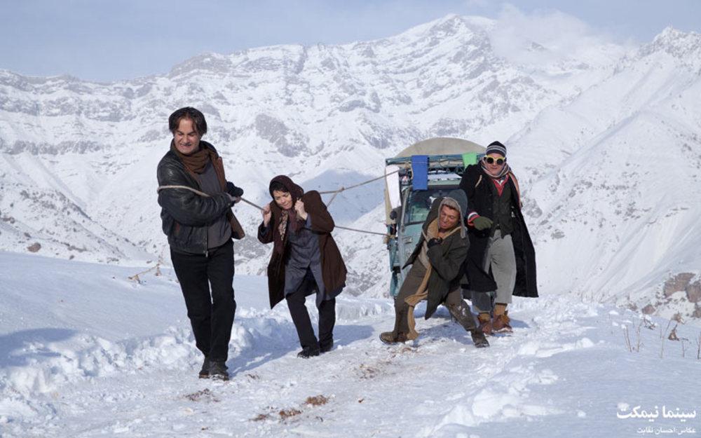 نمایی از فیلم «سینما نیمکت»