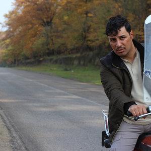 جواد عزتی در نمایی از فیلم «زاپاس» ساخته برزو نیک نژاد