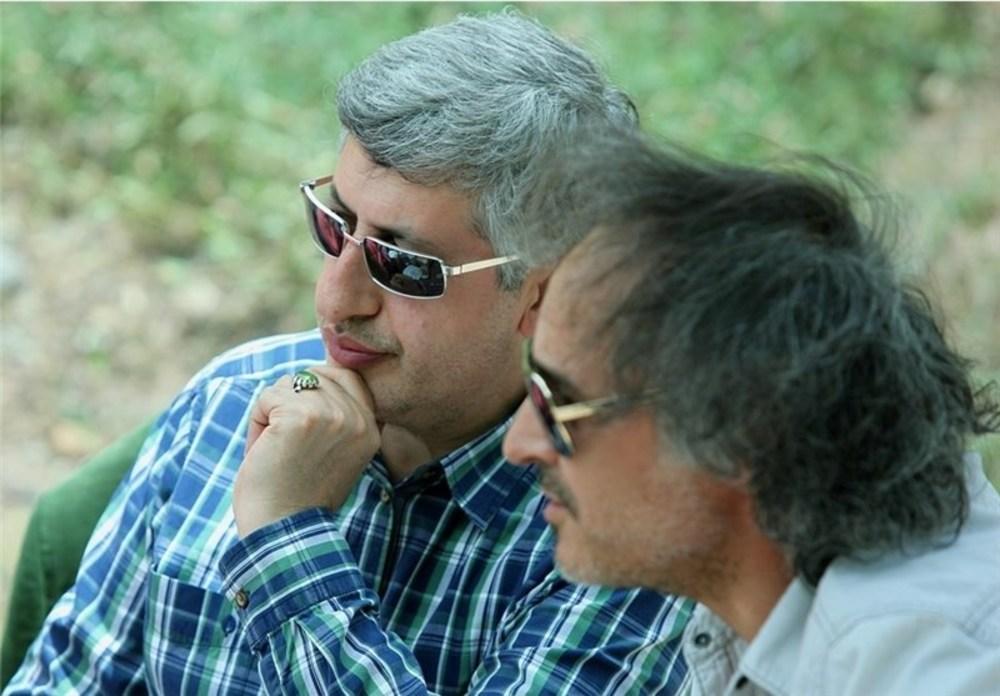 مسعود ردایی در پشت صحنه فیلم «مالاریا» ساخته پرويز شهبازی
