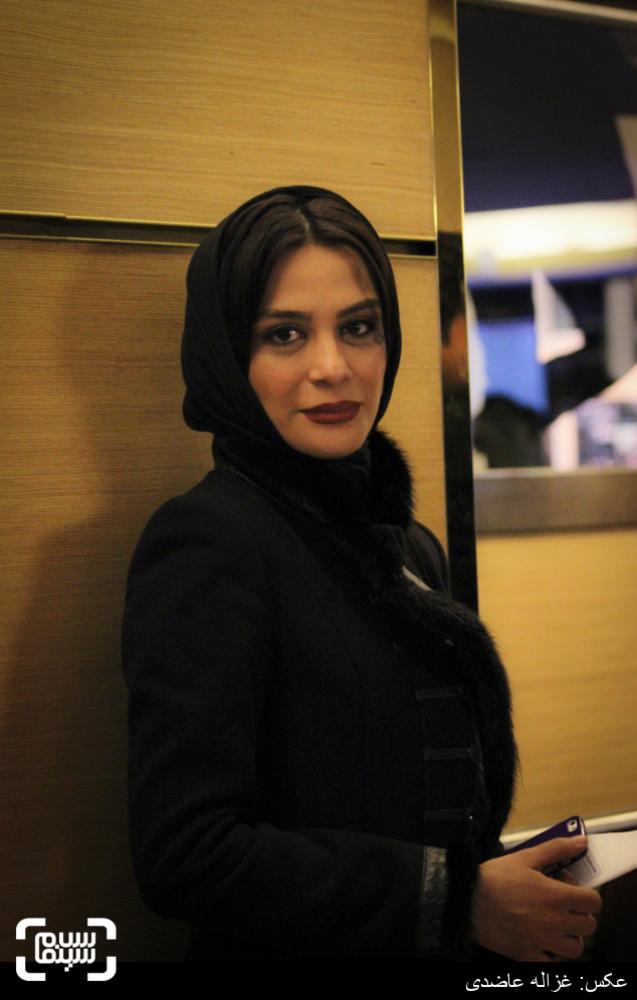 مارال فرجاد در اکران فیلم «گیتا» در کاخ سی و چهارمین جشنواره فیلم فجر