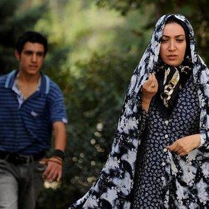 """نگار عابدی و پوریا ایمانی  در نمایی از فیلم سینمایی"""" گنجشکک اشی مشی"""""""