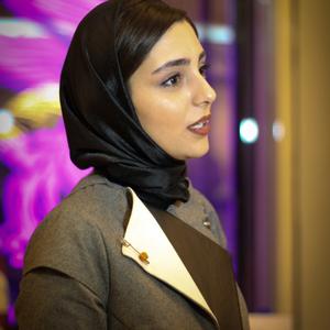 هستی مهدوی فر در اکران فیلم «چهارشنبه» در کاخ سی و چهارمین جشنواره فیلم فجر