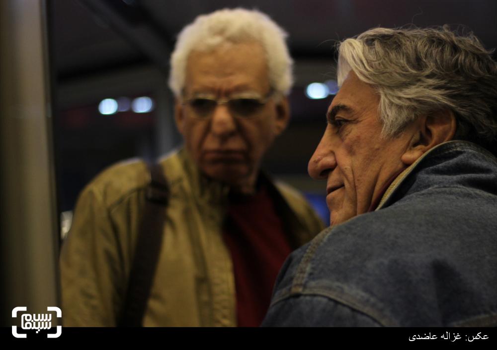 رضا کیانیان و کیومرث پوراحمد در اکران فیلم «کفشهایم کو؟» در سی و چهارمین جشنواره فیلم فجر