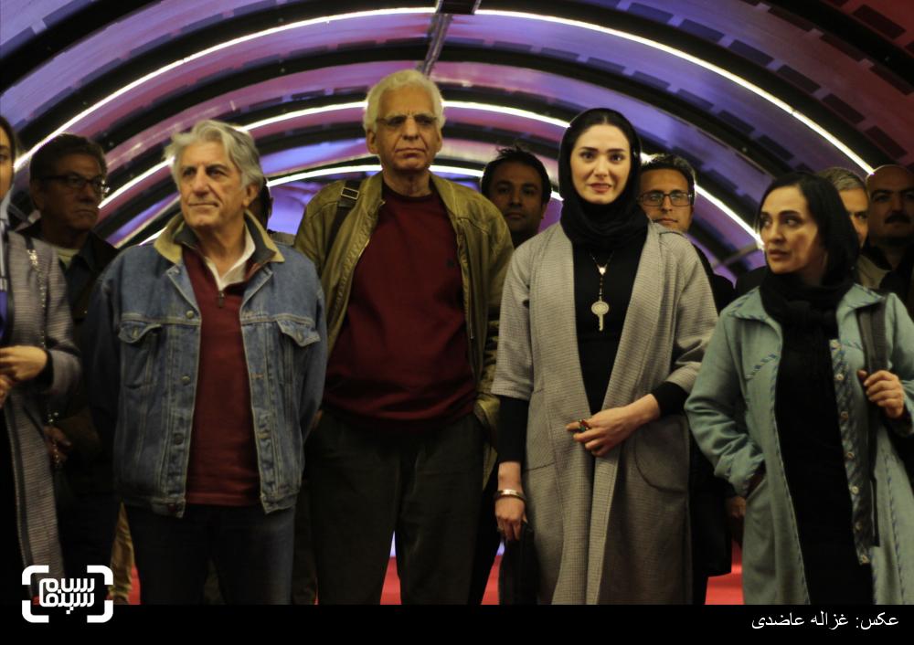 فرش قرمز فیلم «کفشهایم کو؟» در سی و چهارمین جشنواره فیلم فجر