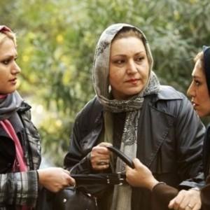 فریبا خادمی، نسیم ادبی و مهسا آبیز در فیلم حراج