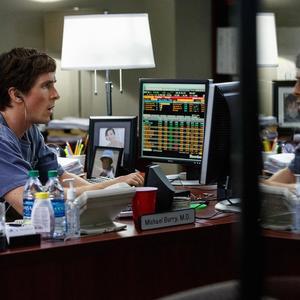 کریستین بیل در نمایی از فیلم «کمبود بزرگ»(the big short)