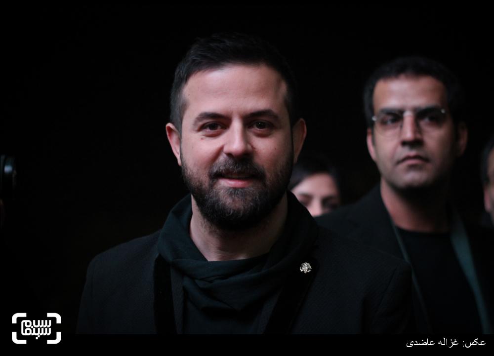 هومن سیدی در اکران فیلم «خشم و هیاهو» در کاخ سی و چهارمین جشنواره فیلم فجر