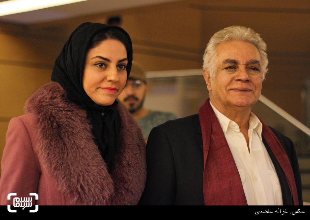 چنگیز وثوقی در اکران فیلم «سیانور» در کاخ سی و چهارمین جشنواره فیلم فجر