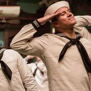 چنینگ تیتوم در نمایی از فیلم «درود بر سزار!»