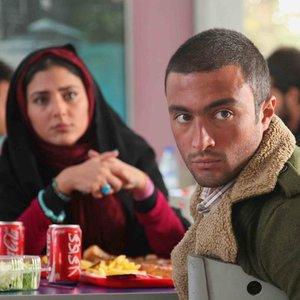 امیر جدیدی و هدی زین العابدین در نمایی از فیلم «پایان خدمت»