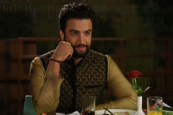 بنیامین بهادری در نمایی از فیلم «سلام بمبئی»