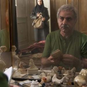 پرویز پرستویی در نمایی از فیلم «دو»