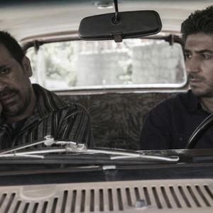 مهدی نصرتی و امیر کربلایی زاده در نمایی از فیلم «دربست»