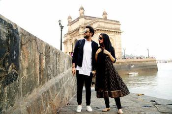 بنیامین بهادری و همسرش شایلی در نمایی از فیلم «سلام بمبئی»