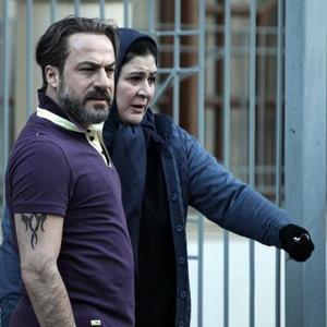 ریما رامین فر و امیر آقایی در نمایی از فیلم «فصل نرگس»