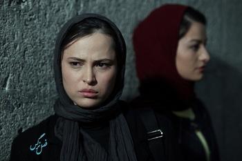نمایی از فیلم «فصل نرگس» ساخته نگار آذربایجانی