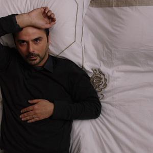 علی مصفا در نمایی از فیلم «دوئت» ساخته نوید دانش