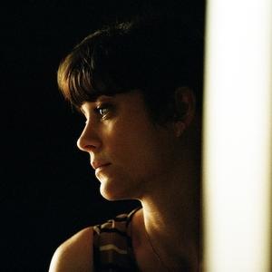 ماریون کوتیار در فیلم «اینجا ته دنیاست»