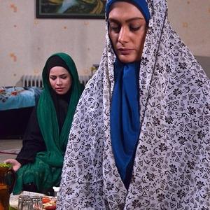 سودابه بیضایی و ملیکا شریفی نیا در فیلم «پانسیون دختران»