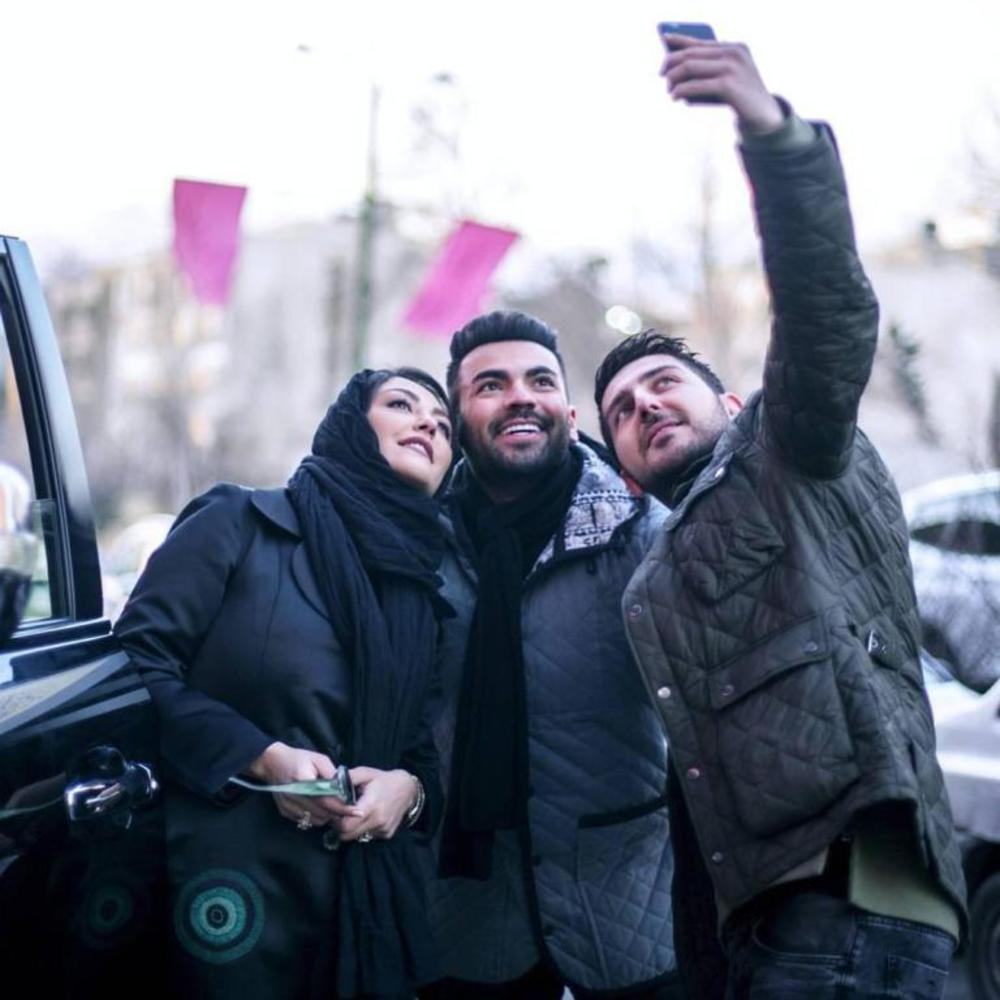 شقایق فراهانی، فرهاد نجفی و محمدرضا غفاری در پشت صحنه سریال «آسپرین»