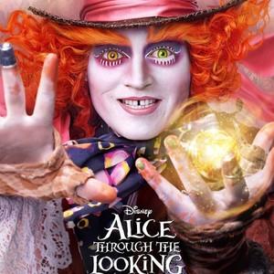 پوستر فیلم «آلیس آنسوی آینه» با بازی جانی دپ