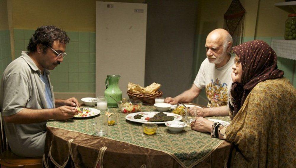 فیلم «خوابم میآد» با بازی اکبر عبدی، ناصر گیتیجاه و رضا عطاران