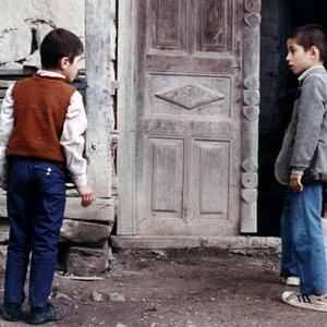 فیلم «خانه دوست کجاست؟» ساخته عباس کیارستمی