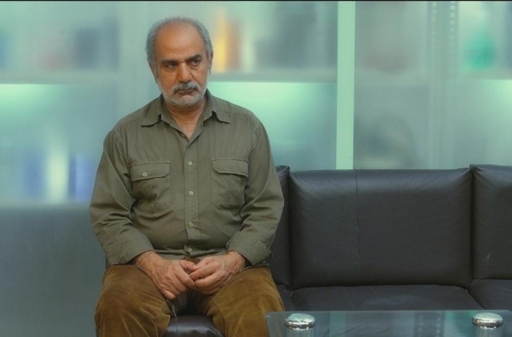 """پرویز پرستویی در نمایی از فیلم سینمایی"""" امروز"""""""