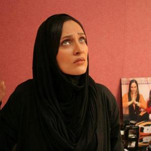 رويا نونهالی در فیلم «پشت در خبری نیست» ساخته شبنم عرفی نژاد