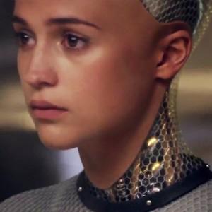 آلیسیا ویکاندر در فیلم «فراماشینی»(ex machina)