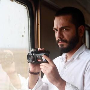 عباس غزالی در نمایی از فیلم «قیچی» ساخته کریم لک زاده