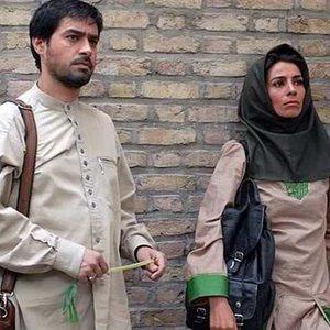 بیتا بادران و شهاب حسینی در فیلم «دل شکسته»