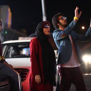 ترانه علیدوستی و پگاه آهنگرانی و مهرداد صدیقیان در فیلم مادر قلب اتمی